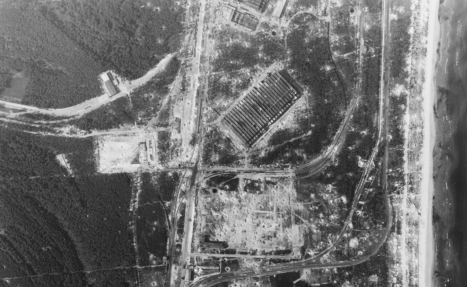RAF reconnaissance photo from 21/08/1944 of F1 region