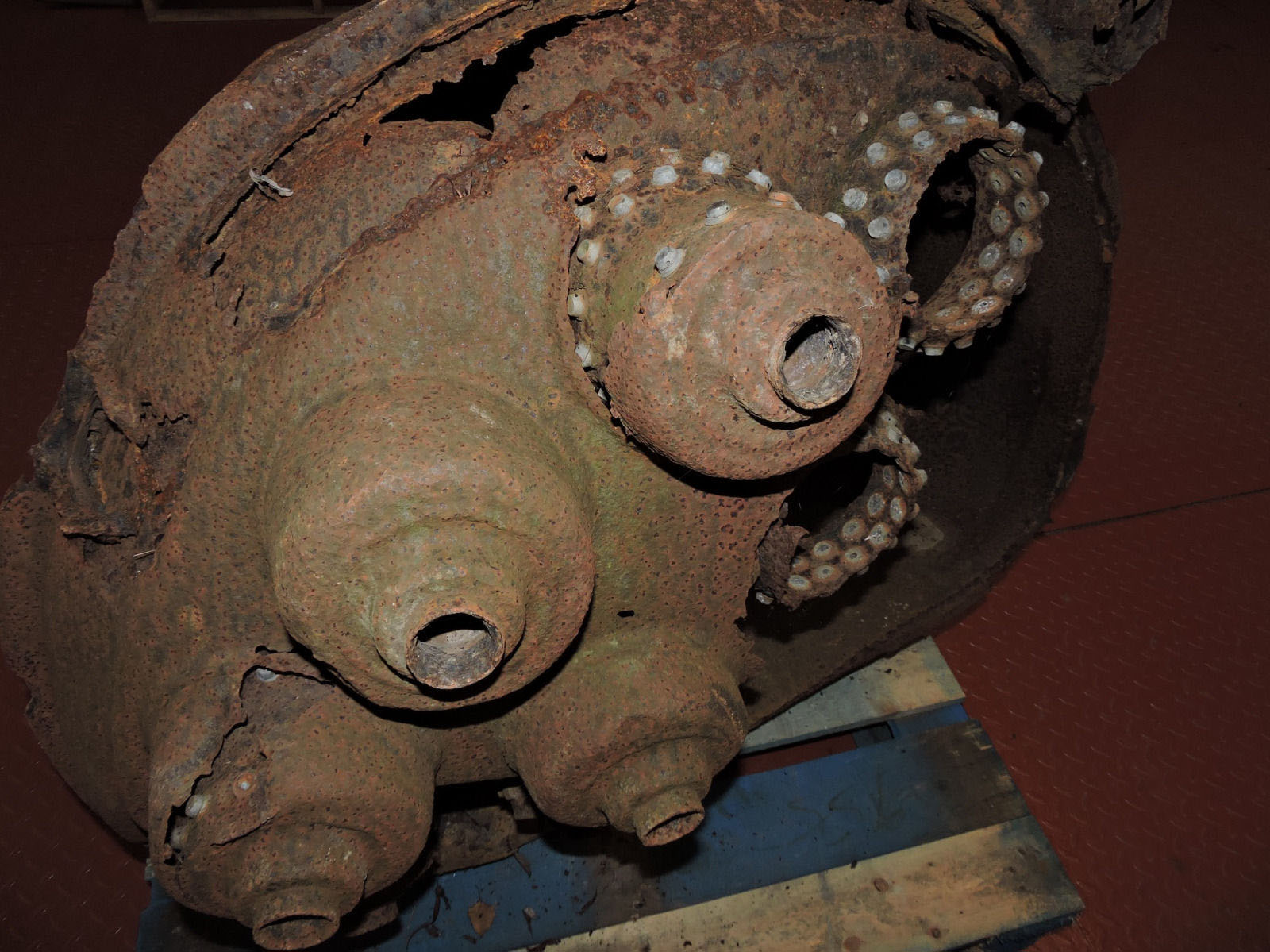 V2 injector head from 1945
