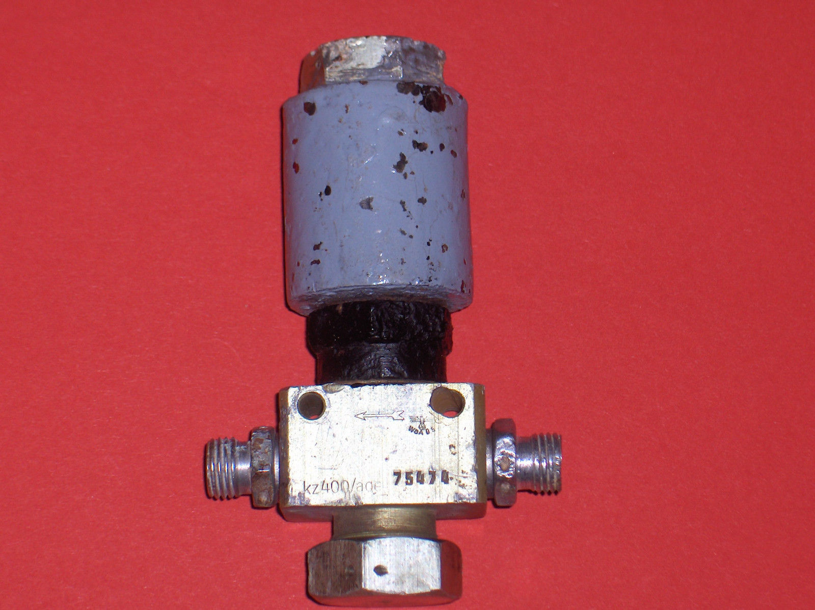 Electro-magnetic HP air and fluid solenoid valve