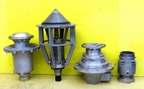 Main fiel and LOX propellent valves